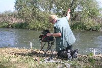 Hugh Miles filming spawning roach