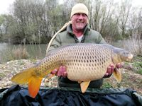 A mid twenty common